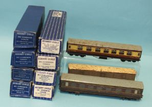 Hornby Dublo, six D12 corridor coaches, one D11 and one D13 coach, (all boxed), three unboxed, three