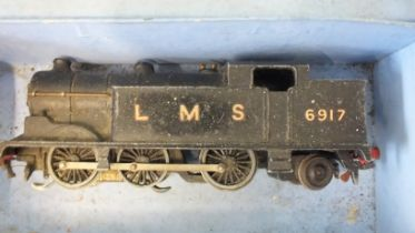 Hornby Dublo, EDG7, a Tank Goods train set with 0-6-0 tank locomotive 6917, (box base only, no lid).