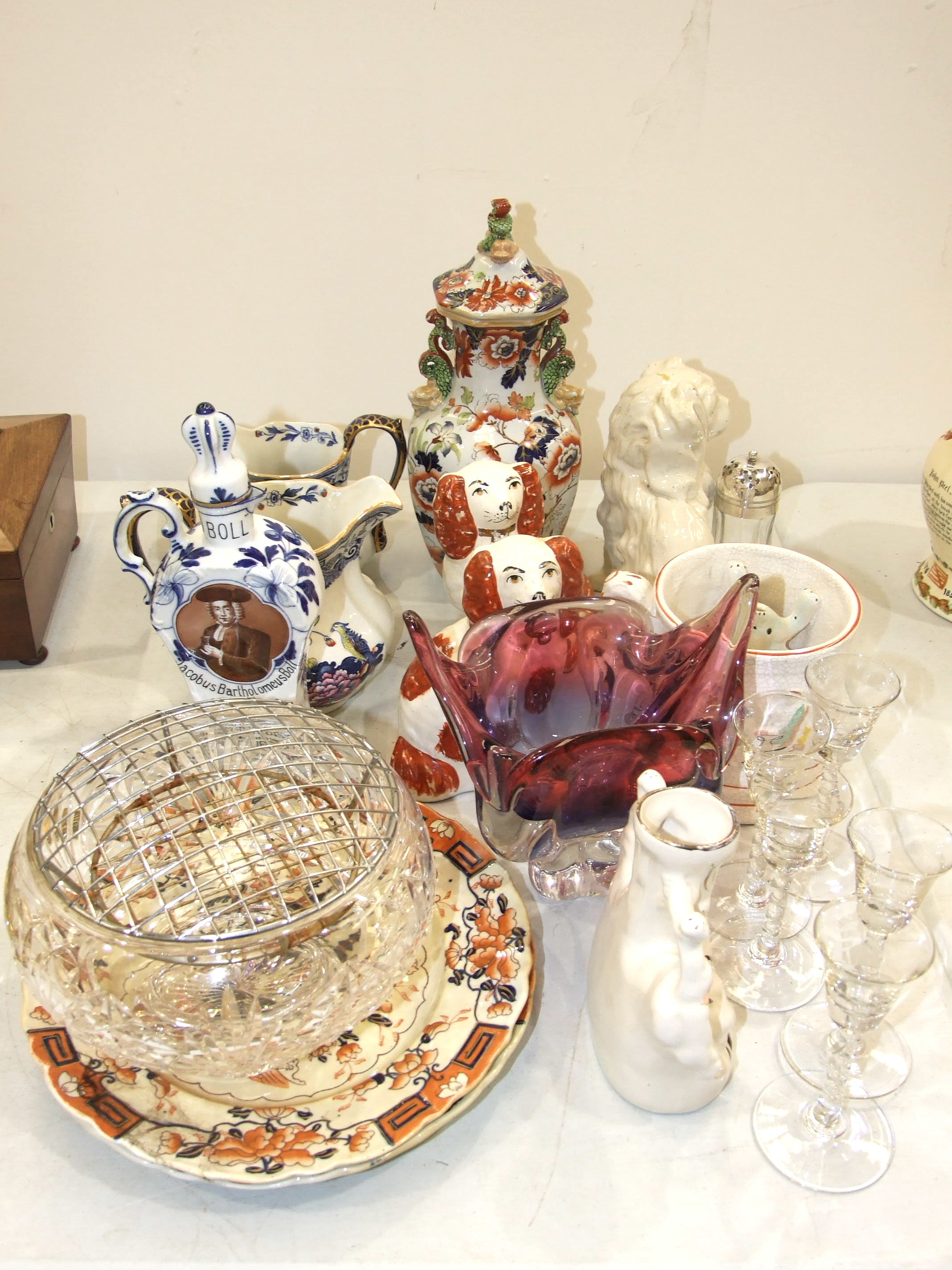 A modern Masons 'Imari' stone china vase and cover, two small modern Staffordshire spaniels and