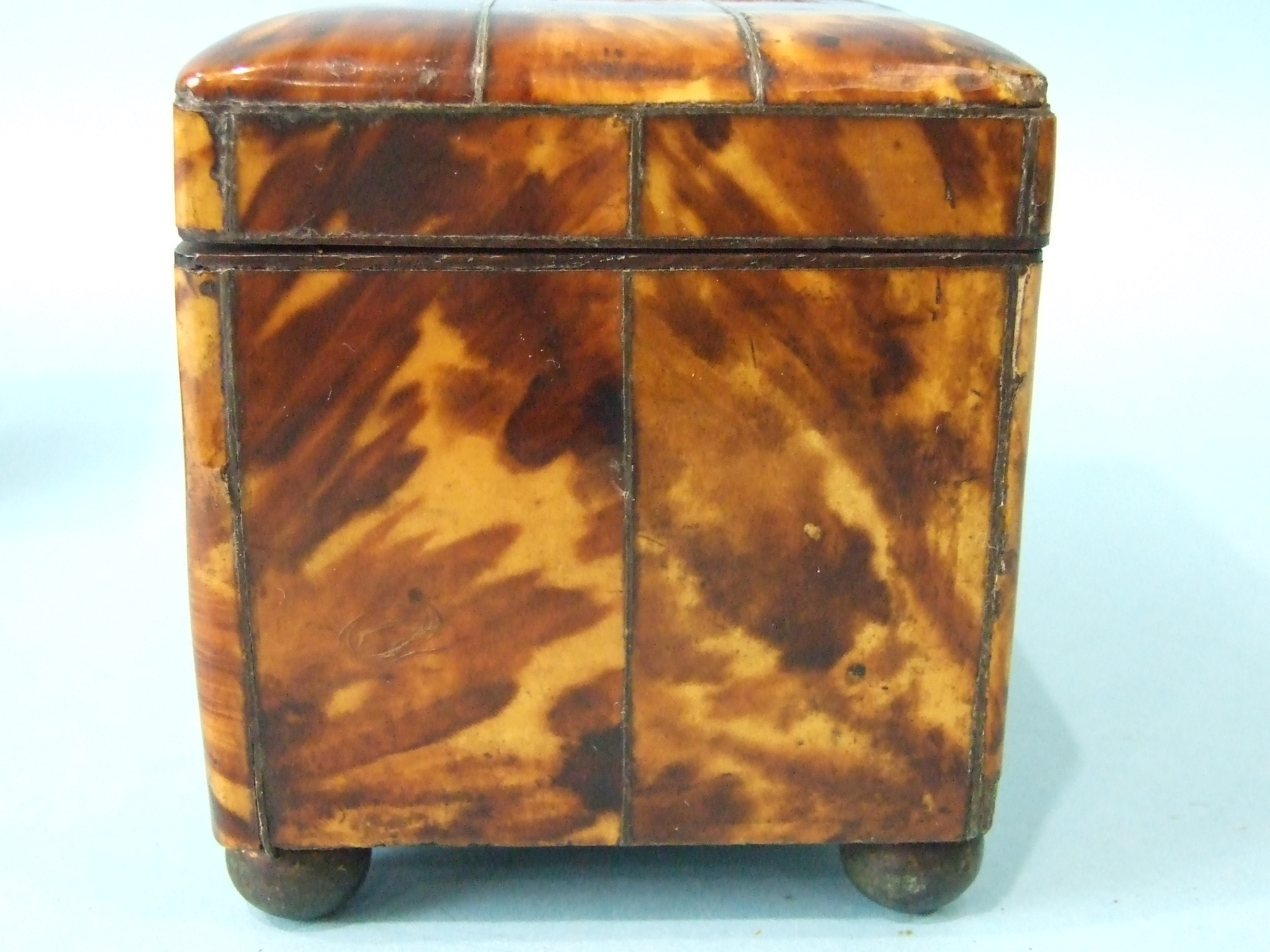 A 19th century straw-work tea caddy, 16cm wide, 12cm high, (losses) and a tortoiseshell two-division - Image 8 of 9