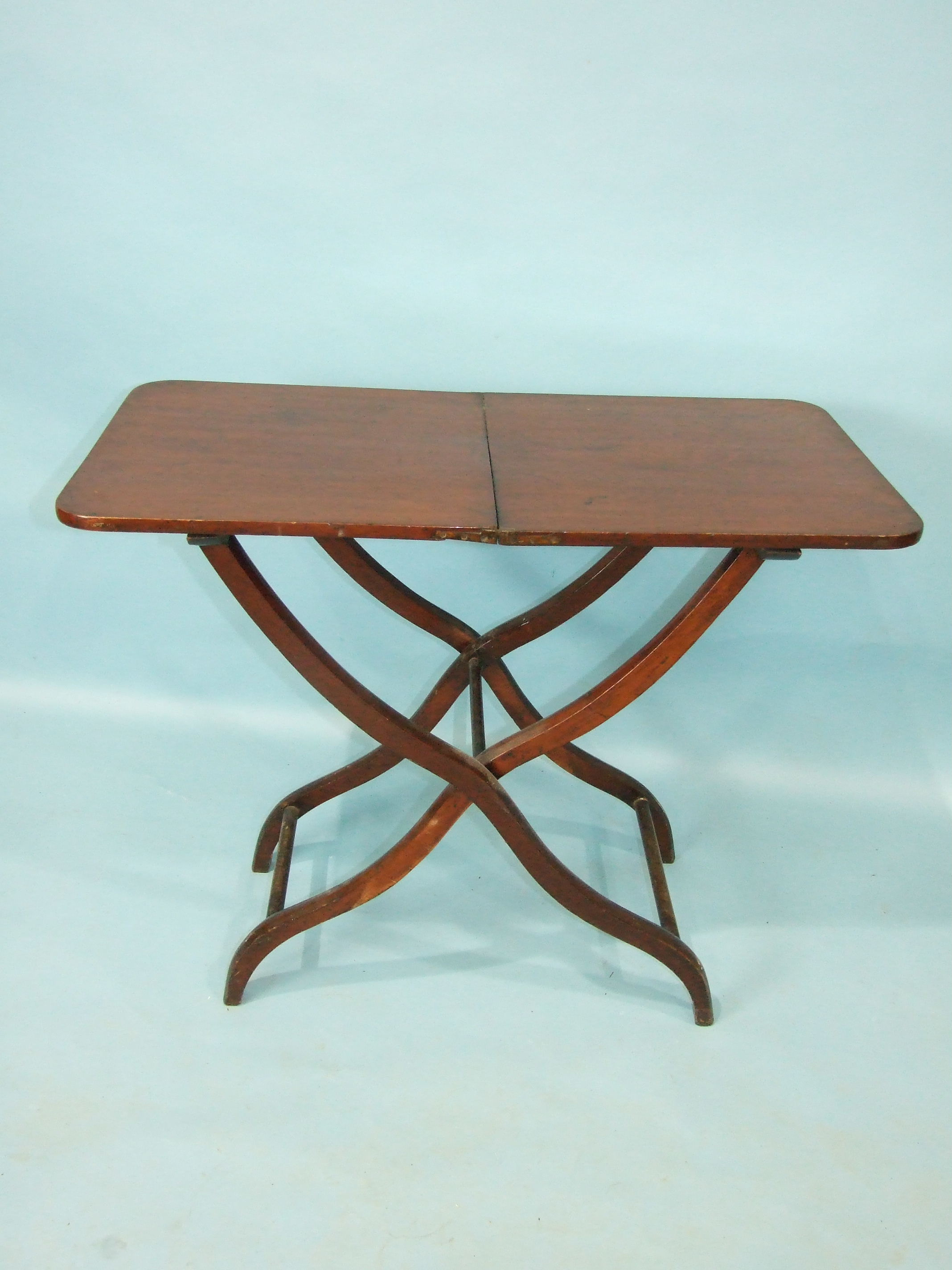 A 19th century mahogany hunting table, the rectangular folding top with flush hinges, on - Image 3 of 3