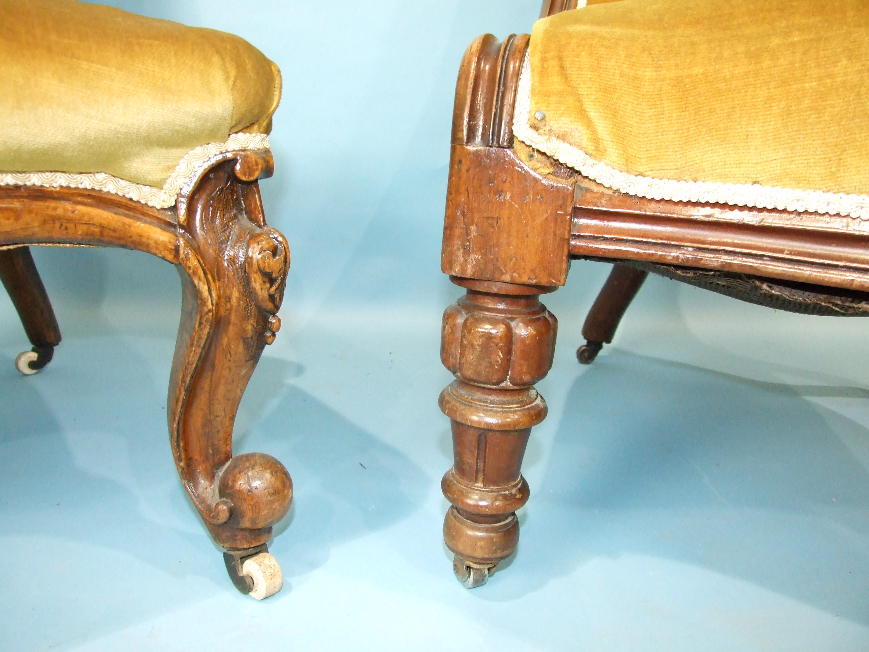 A Victorian mahogany low salon chair with buttoned back and serpentine seat, on carved and turned - Image 3 of 3