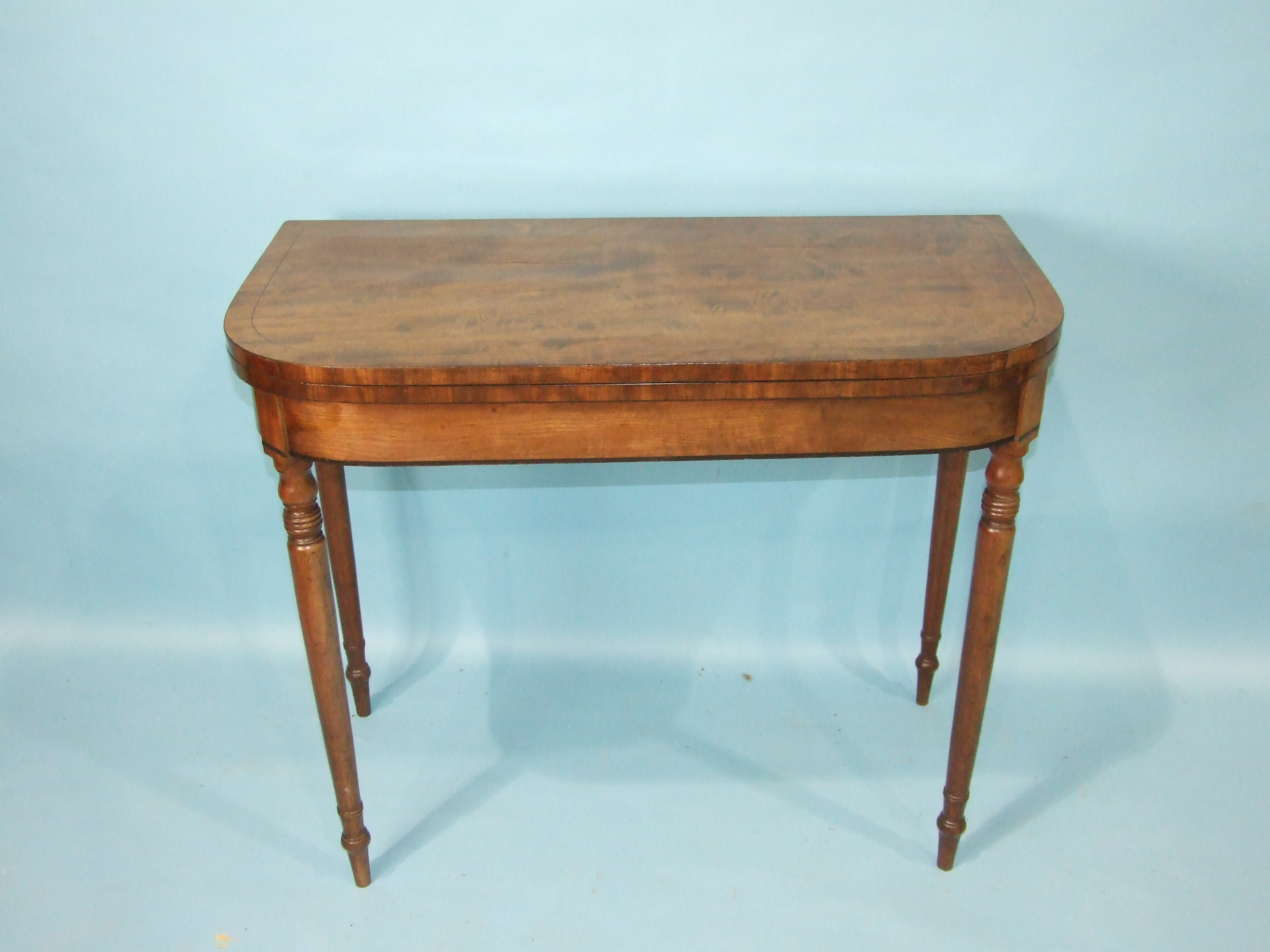 A Victorian mahogany three-tier whatnot on turned legs with castors, 73cm wide, 96cm high, a - Image 2 of 3
