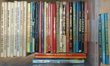 A quantity of Beano, Dandy Topper, Beryl the Peril and other books and annuals, (38).