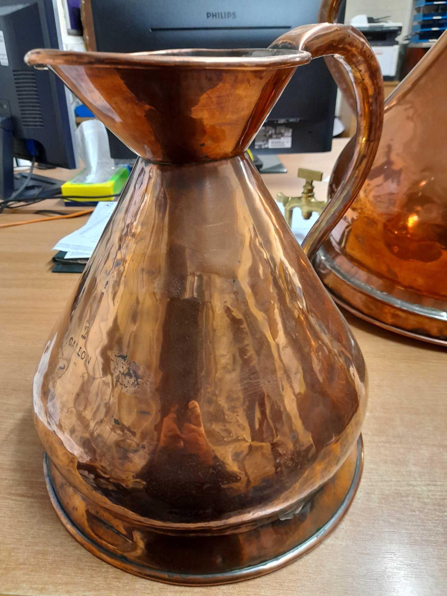 2 GALLON COPPER WHISKY MEASURING JUG - Image 2 of 7
