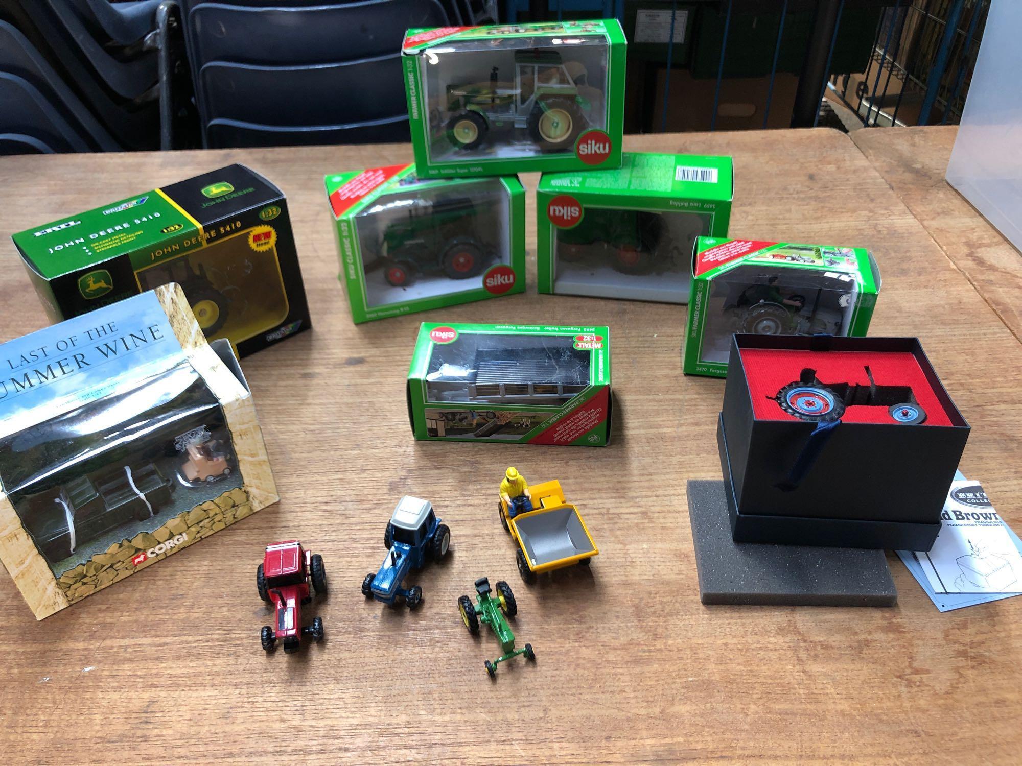 BOX 11 VARIOUS TRACTORS ETC (AF)