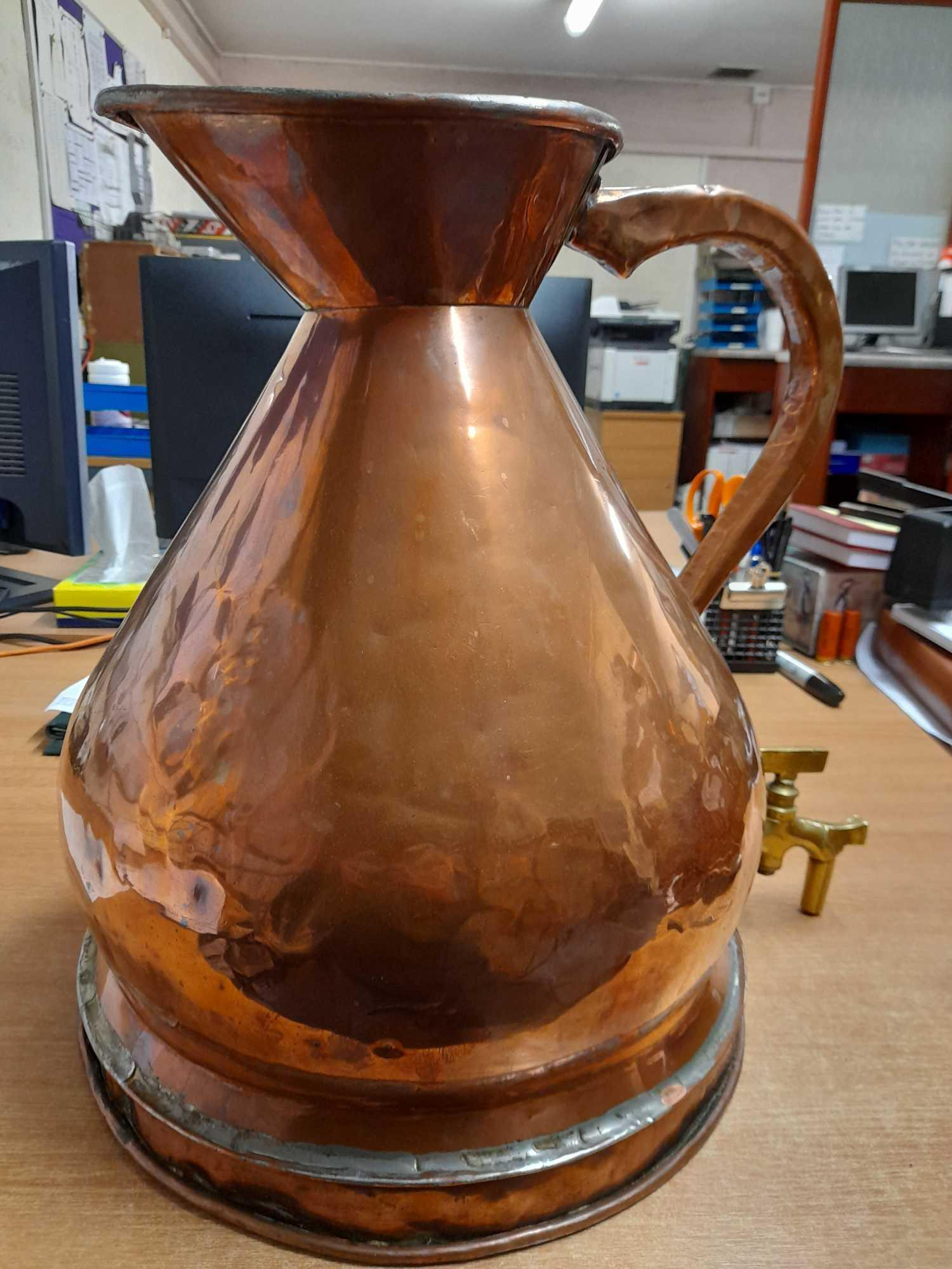 4 GALLON COPPER WHISKY MEASURING JUG - Image 3 of 8