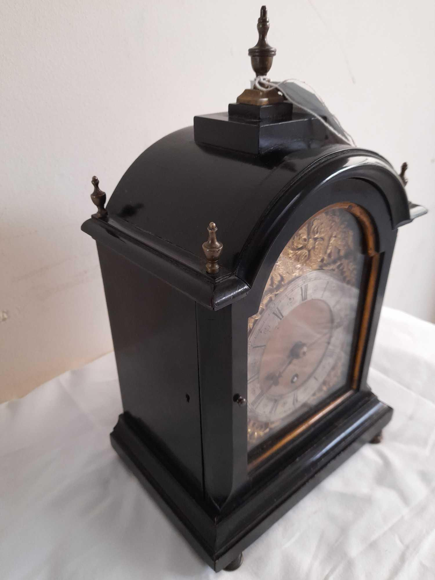 DENT LONDON SMALL CLOCK- ENGINE TURNED INTERNAL PLATES - Image 4 of 9