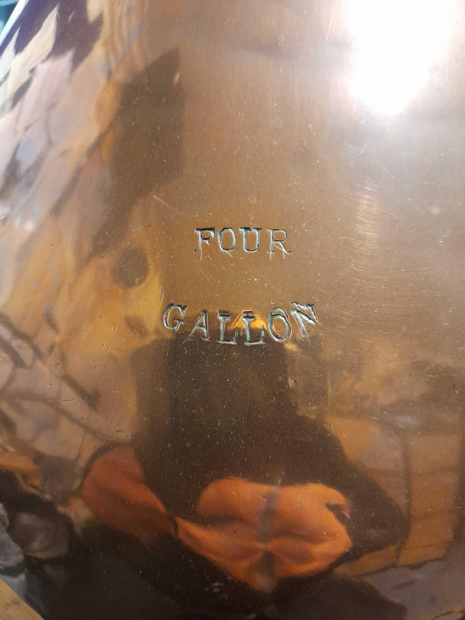 4 GALLON COPPER WHISKY MEASURING JUG - Image 2 of 8