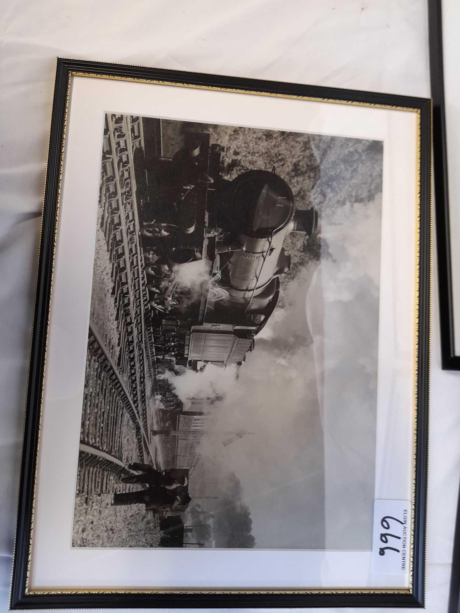 3 FRAMED PHOTOS TRAINS - Image 4 of 5