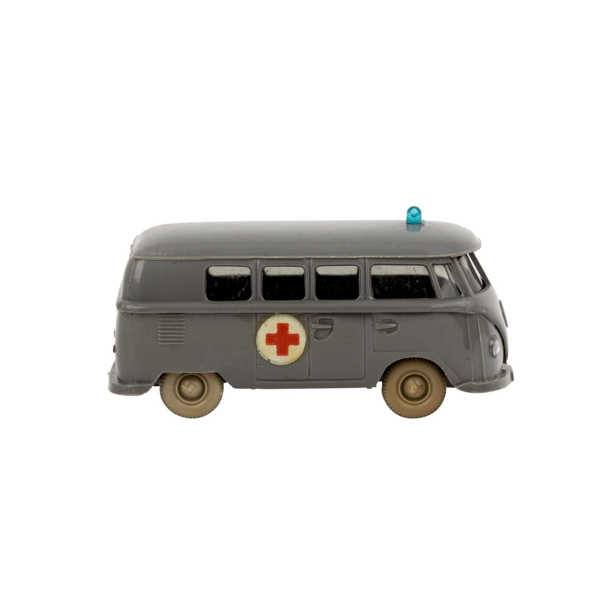 WIKING VW Bus 'T1, Rotkreuz', 1961-65,staubgraue Karosserie, 'Rotkreuz'-Emblem als Abz - Image 4 of 5