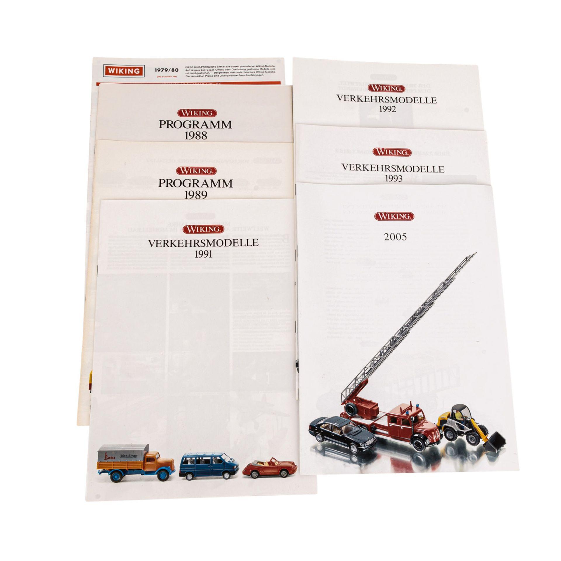WIKING Konvolut von 20 Packungen Fahrzeuge und Zubehör im Maßstab 1:87,bestehend aus - Image 3 of 3