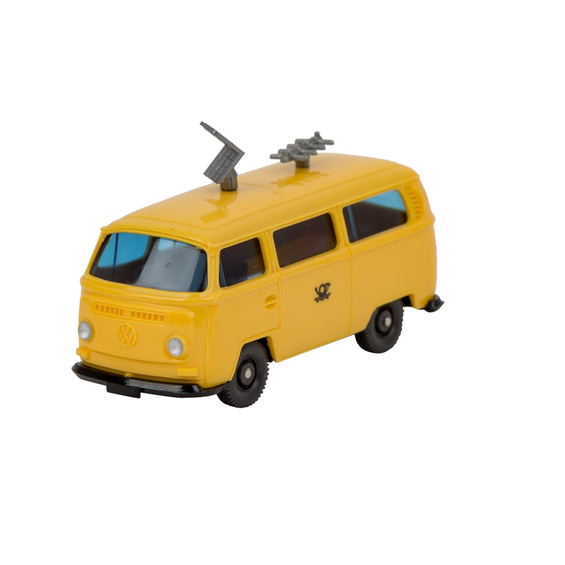 WIKING VW Bus T2 'Funkmesswagen', 1972-77,gelbe Karosserie, blaugetönte Verglasung, s
