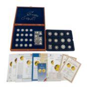 Die kleinsten Goldmünzen Europas - Holzschatullemit 36 Münzen und Medaillen, insgesa