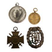 4 Medaillen/Auszeichnungen, auch Deutschland 1933-1945 -dabei u.a. 1 x Kriegsdenkmünz