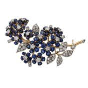 Feine Juwelenbrosche mit Saphiren und Diamanten,WBW (2013): 20.300 €, detailreiche B
