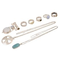 Schmuckkonvolut 8-teilig, Silber, 104 g, Händlerkonvolut bestehend aus 5 Ringen Weite