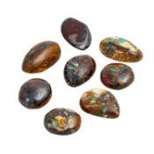 Konvolut 8 Matrixopale von zus. 39,8 ct, Steine ca. 11-16 mm lang, ohne Gebrauchspuren