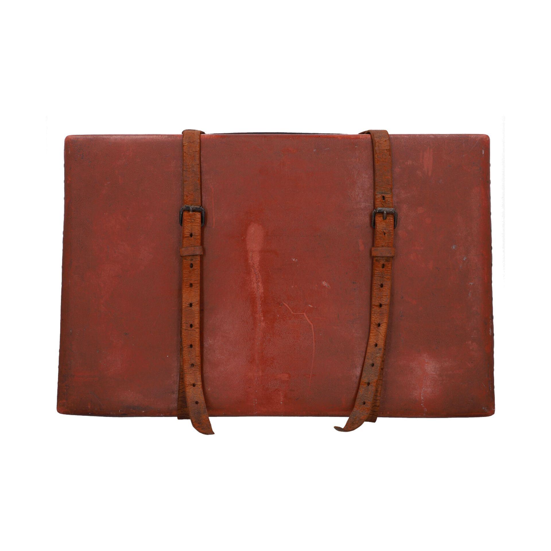 LOUIS VUITTON ANTIKER Reisekoffer, um 1900. Rarität - Sammlerstück! Mit eingravierte