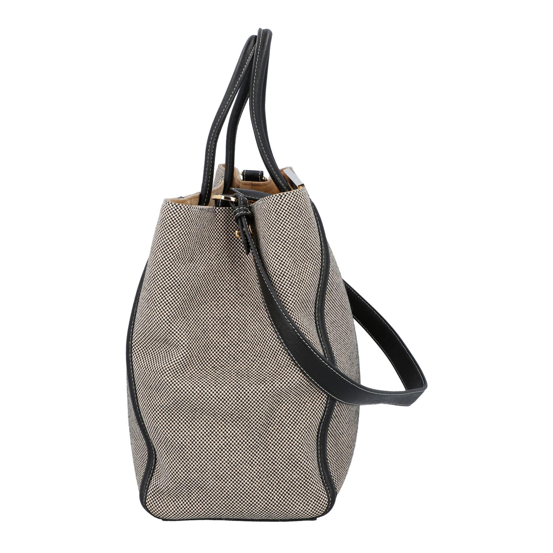 FENDI Handtasche, NP. ca.: 1.900,-€. Gewebtes Textil in Schwarz/Weiß mit schwarzem - Image 3 of 8
