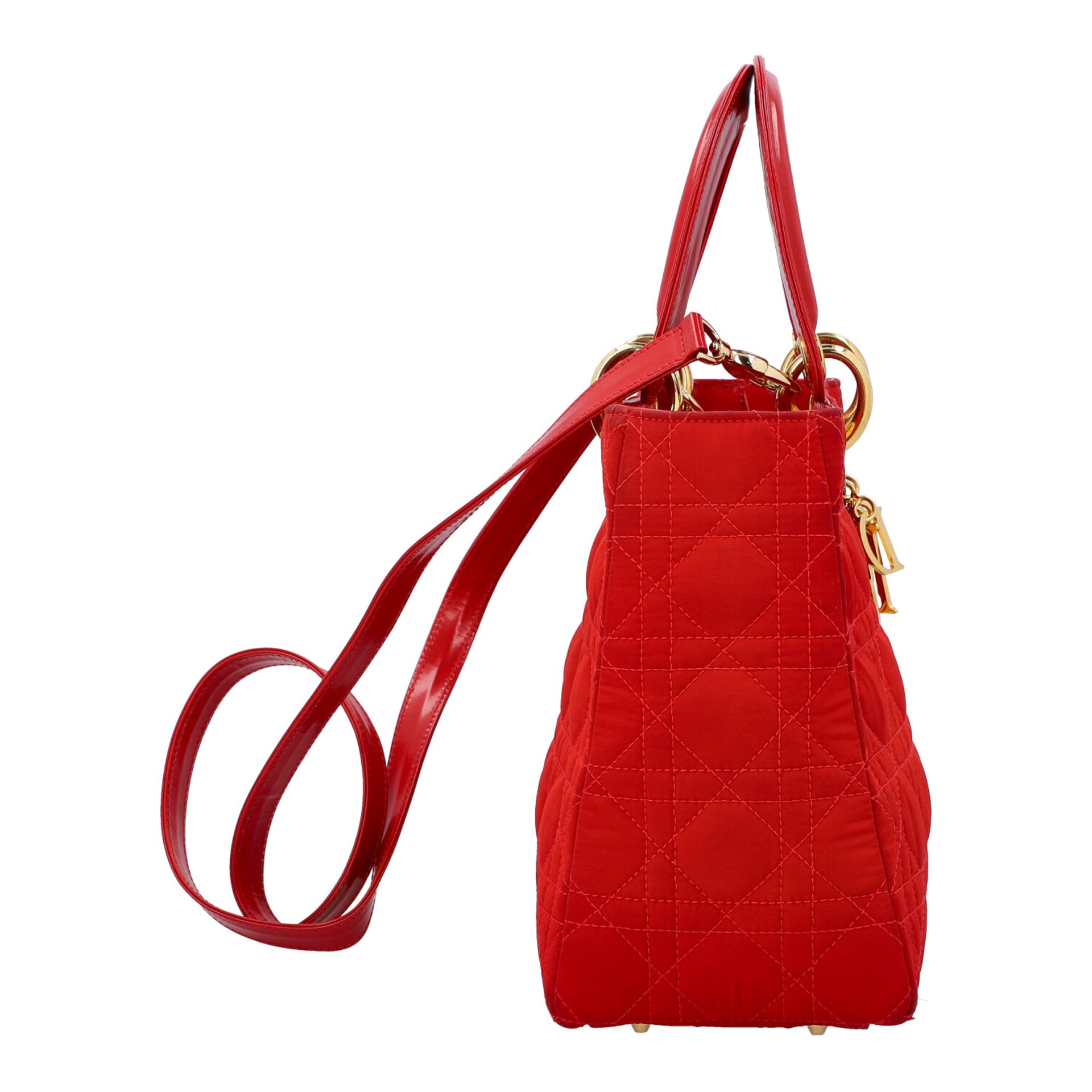 """CHRISTIAN DIOR Henkeltasche """"LADY DIOR"""", Koll.: 1997. Textil in Rot mit Cannage Steppu - Image 3 of 8"""