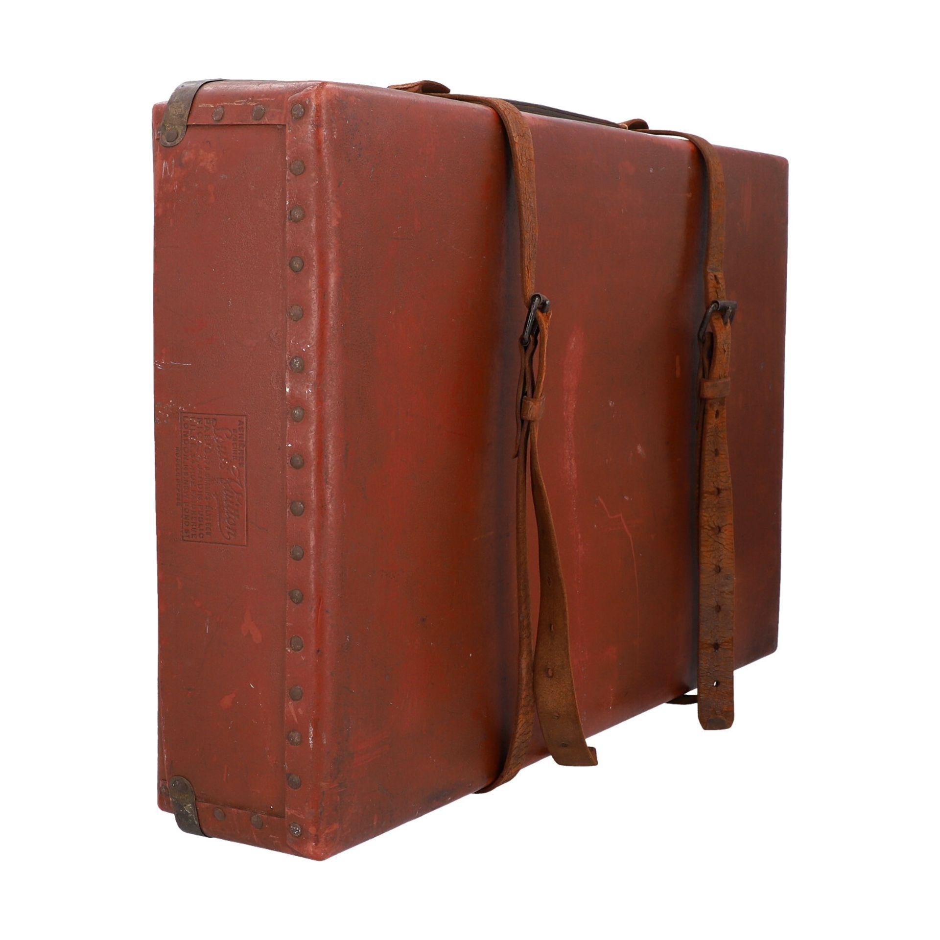LOUIS VUITTON ANTIKER Reisekoffer, um 1900. Rarität - Sammlerstück! Mit eingravierte - Image 2 of 6