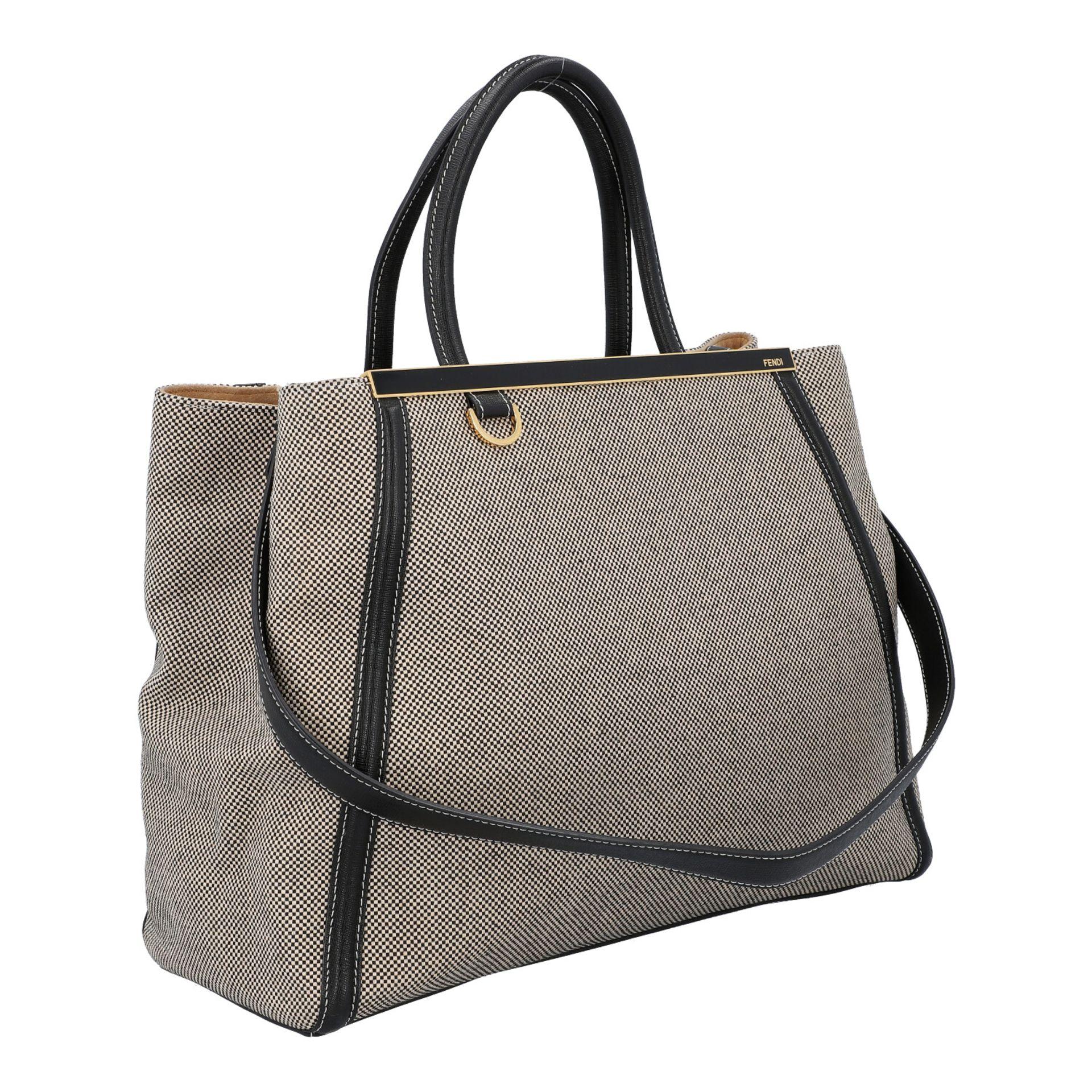FENDI Handtasche, NP. ca.: 1.900,-€. Gewebtes Textil in Schwarz/Weiß mit schwarzem - Image 2 of 8