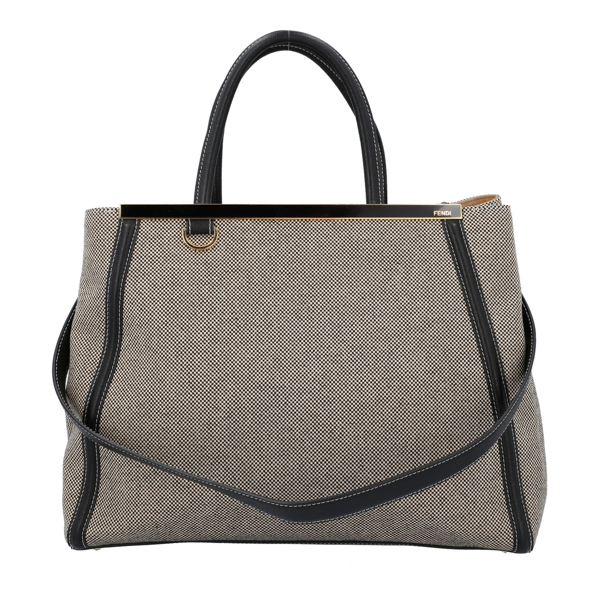 FENDI Handtasche, NP. ca.: 1.900,-€. Gewebtes Textil in Schwarz/Weiß mit schwarzem