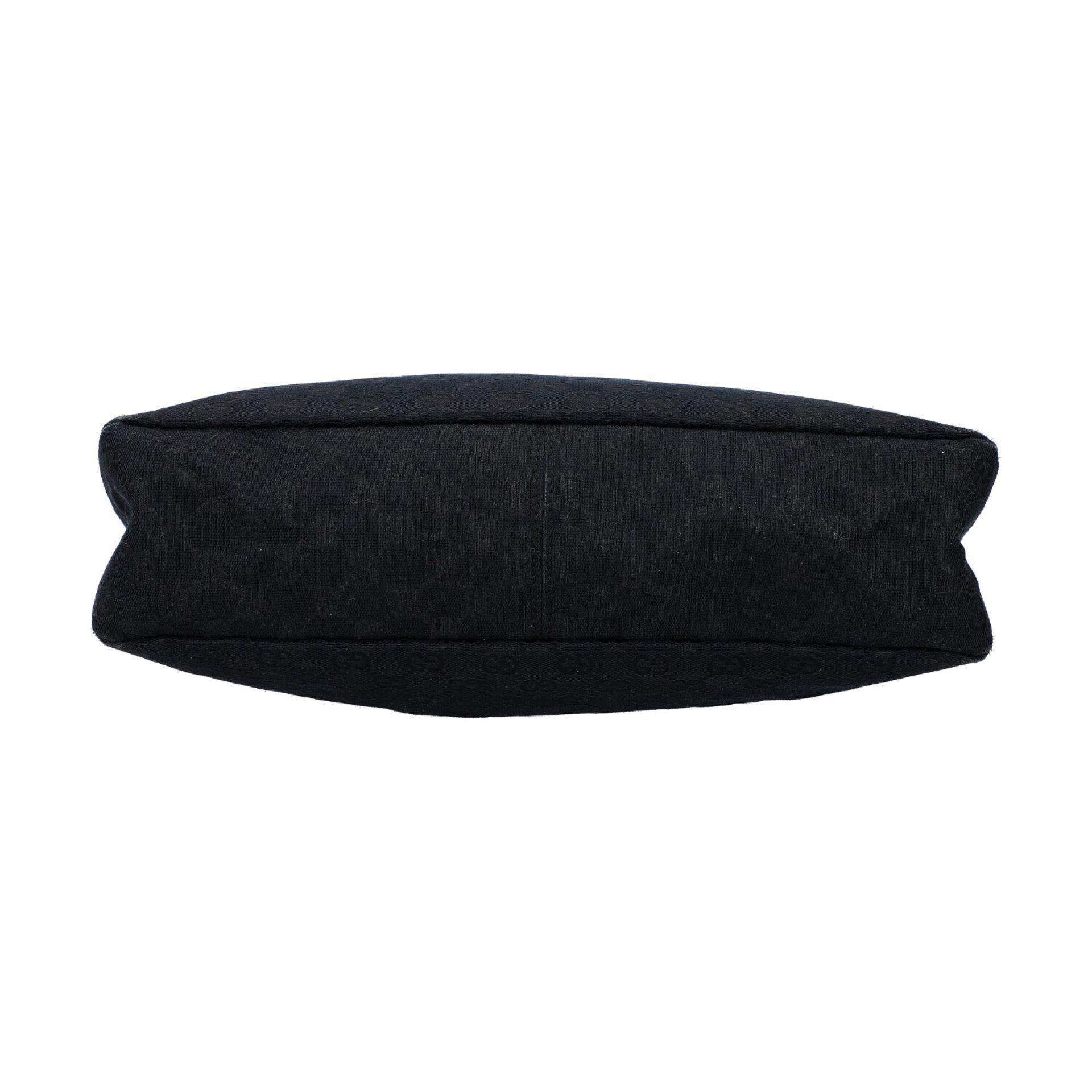 GUCCI Handtasche. Guccissima Design auf schwarzem Textil mit silberfarbener Hardware, - Image 5 of 8