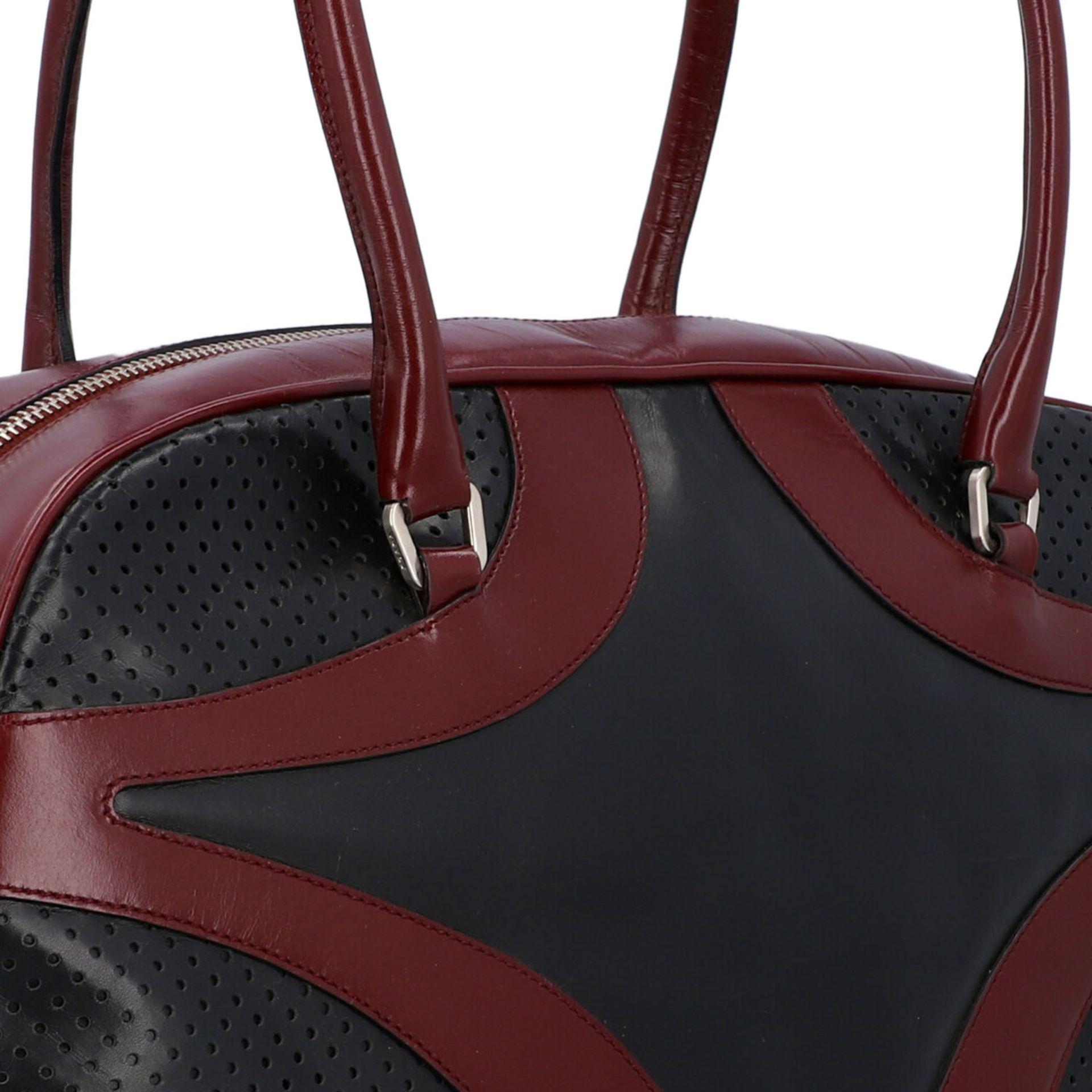 PRADA Handtasche. Glattleder in Schwarz und Bordeaux mit silberfarbener Hardware, umla - Image 8 of 8