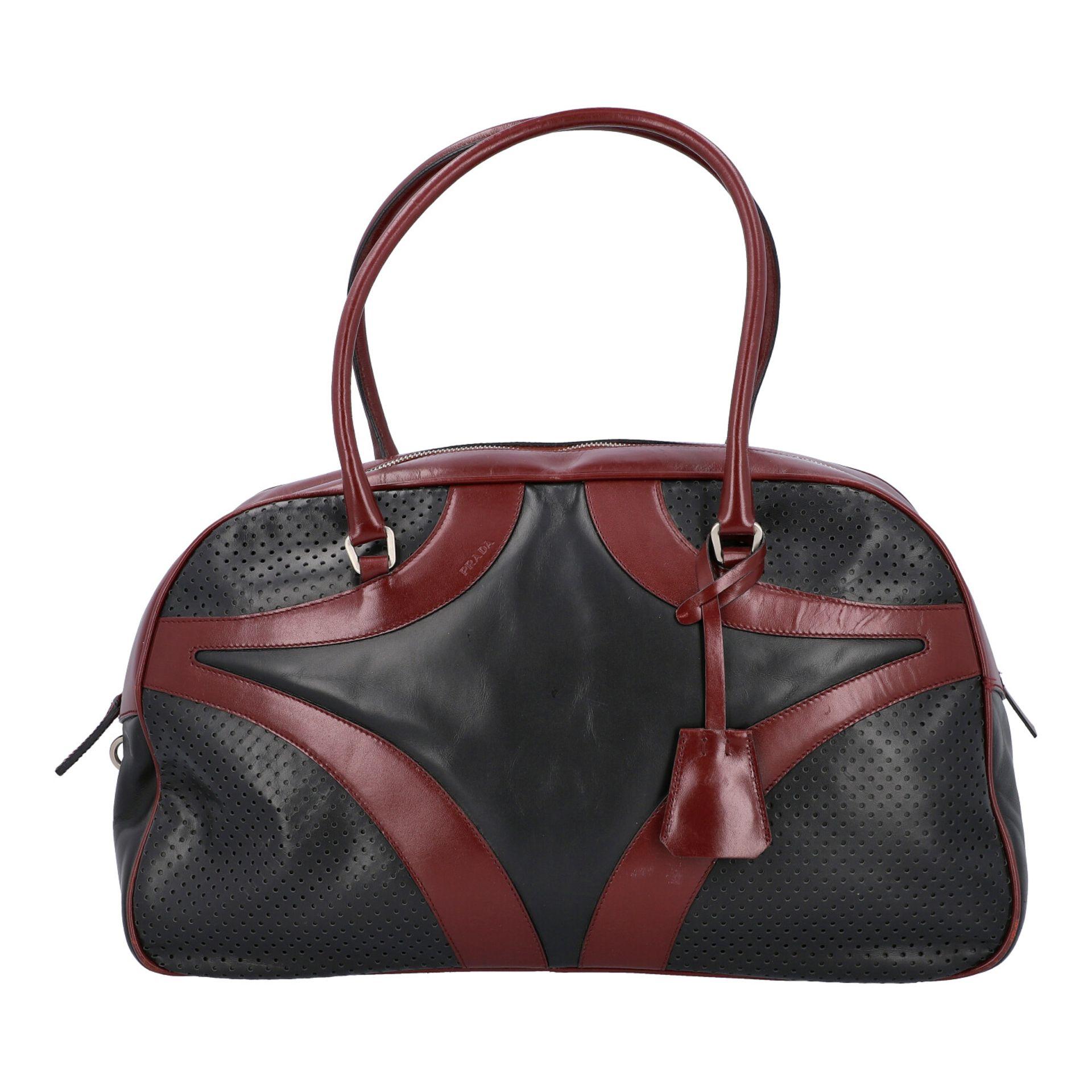 PRADA Handtasche. Glattleder in Schwarz und Bordeaux mit silberfarbener Hardware, umla - Image 4 of 8