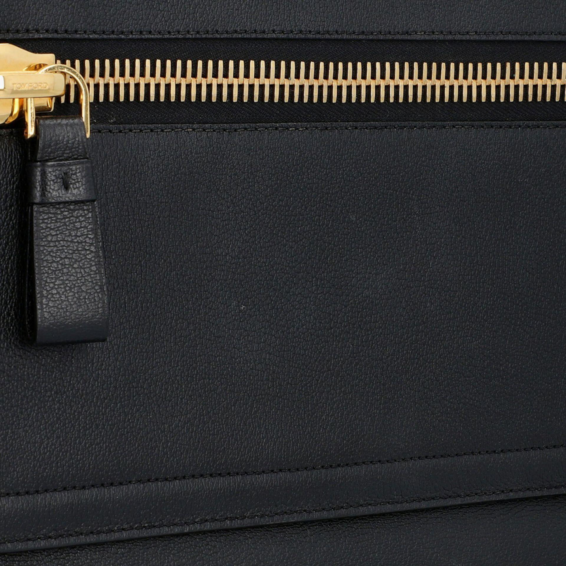 TOM FORD Clutch, NP. ca.: 1.900,-€. Schwarzes Leder mit Reißverschluss Außenfach a - Image 7 of 7