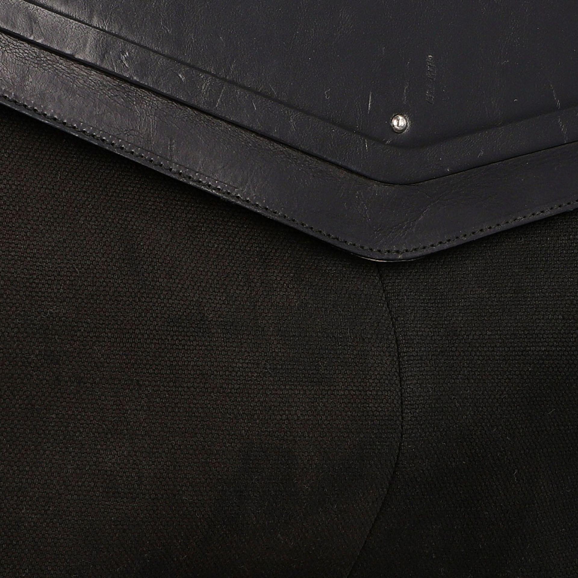 YVES SAINT LAURENT VINTAGE Handtasche. Schwarzes Modell aus Textil mit schwarzem Über - Image 8 of 8