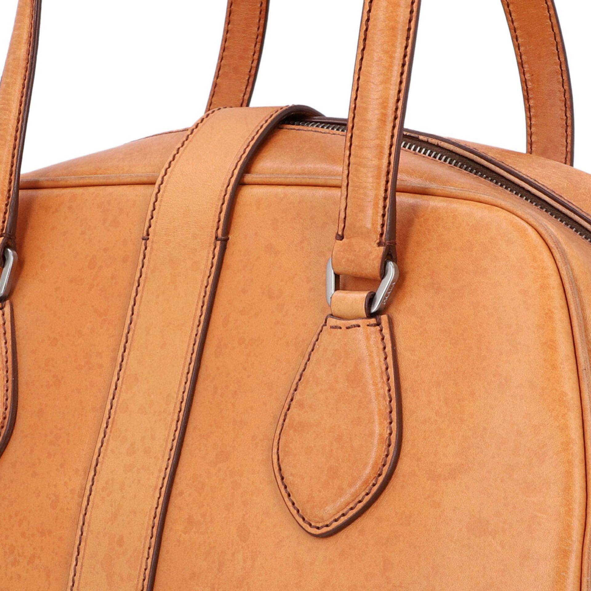 PRADA Handtasche. Glattleder in Beige mit silberfarbener Hardware, stabiles Modell mit - Image 7 of 8
