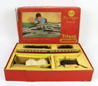 Tri-Ang Railways set RS.24 and Airfix and other plastic model kits,