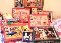 Large collection of late 1970's/early 1980's Sindy dolls and related items, comprising swimming