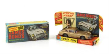 James Bond Corgi 261 Diecast James Bond's Aston Martin DB5, with secret instructions pack,