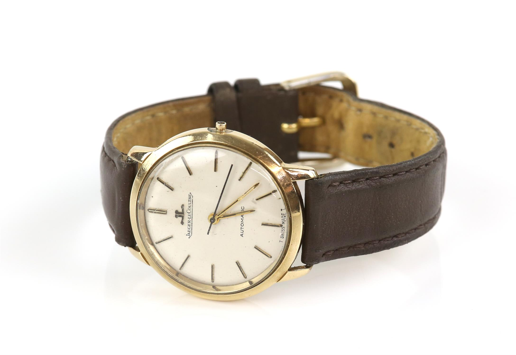 Jaeger Le Coultre, Reference 386 91 A Gentleman's gold cased wristwatch, signed silvered dial with - Image 2 of 4