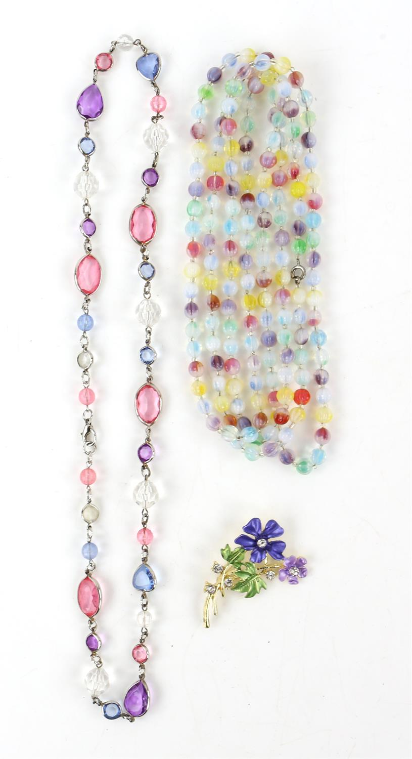 A group of costume jewellery, including a long fancy link necklace, 89cm in length, - Image 3 of 5