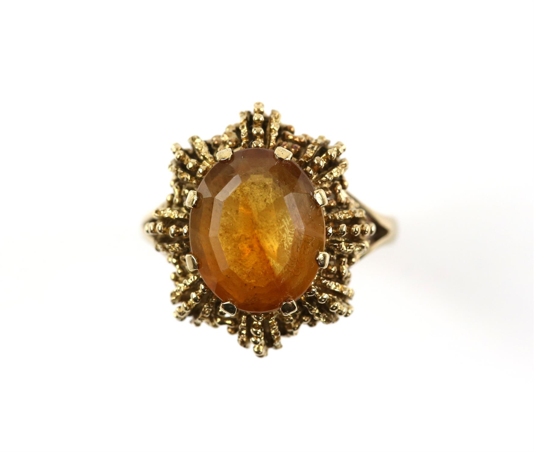 Vintage citrine ring, mixed cut citrine, measuring 12.1 x 10 mm, in a textured 9 ct mount,