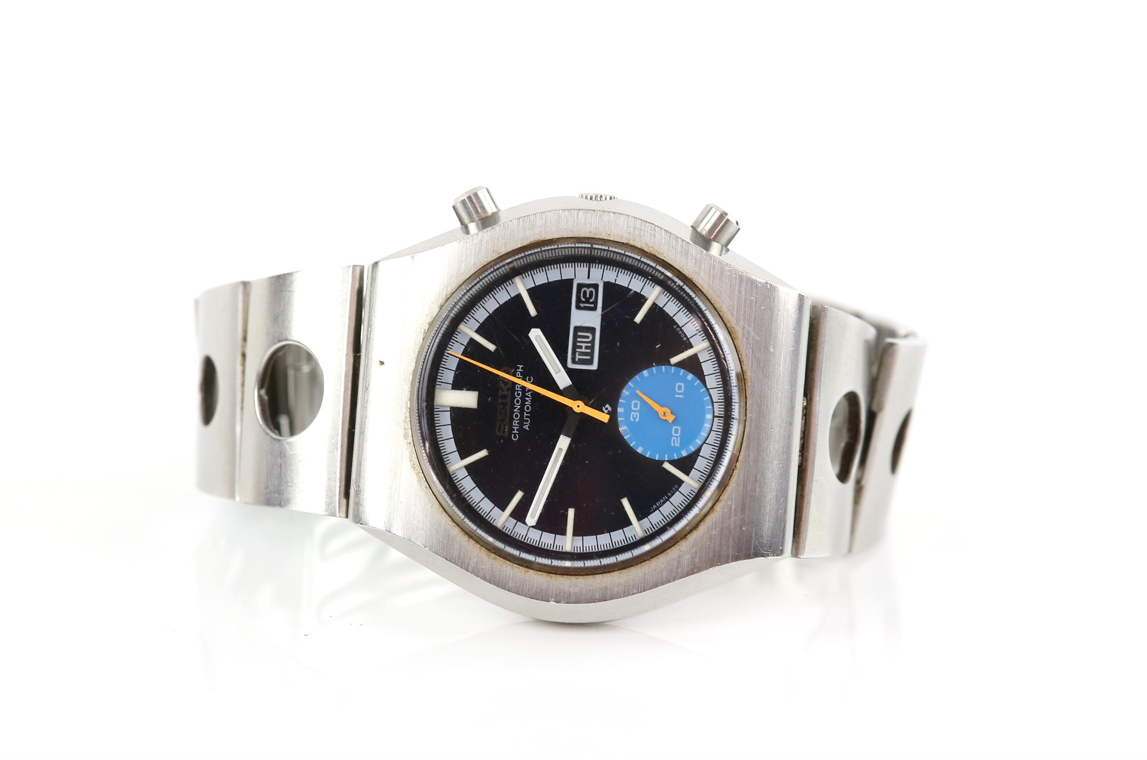 Seiko, a Gentleman's reference 6138- 8020 Sports watch, the signed black dial with baton hour - Image 2 of 3