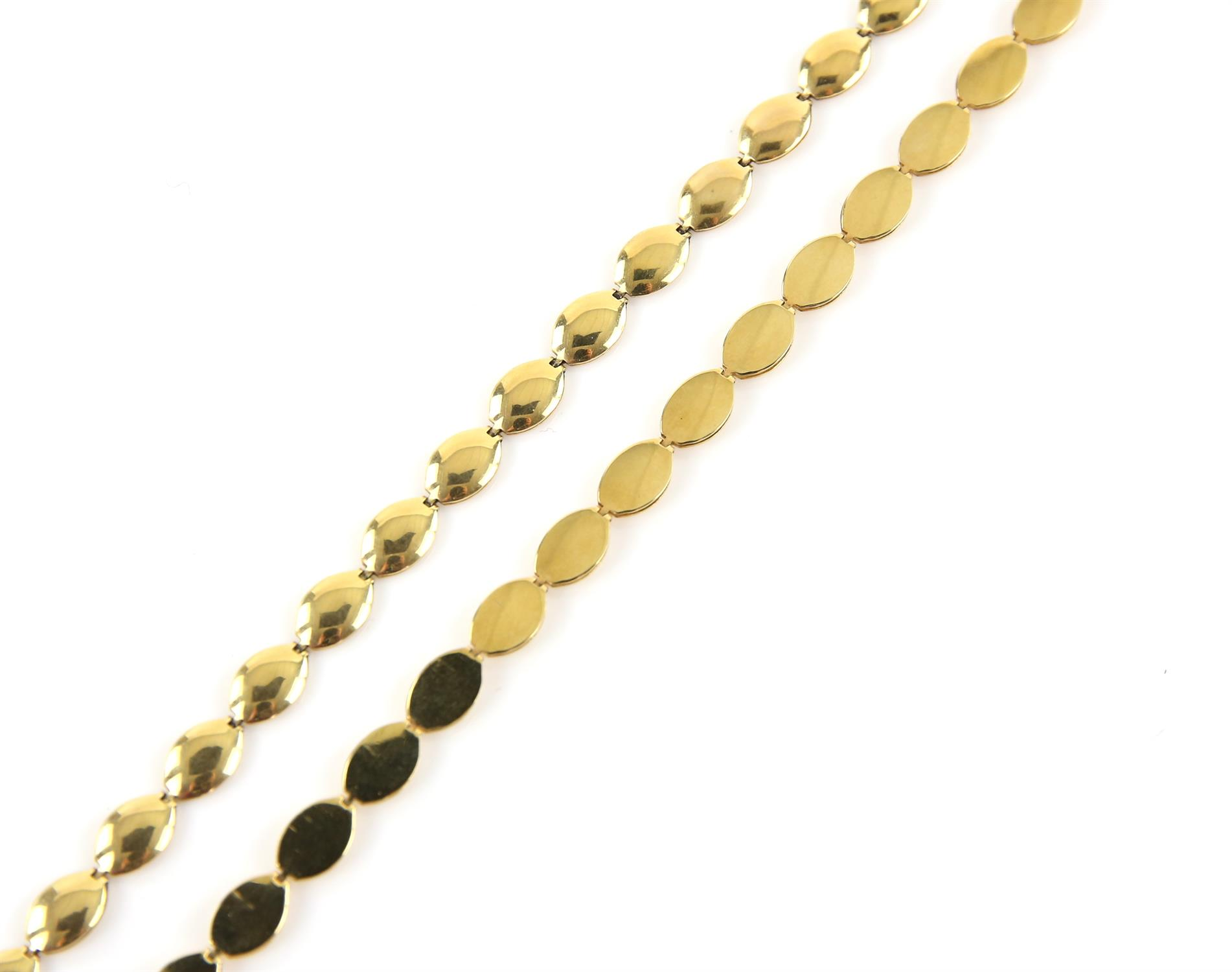 Necklace and bracelet set, designed as oval gold articulated links, on a lobster clasp, - Image 2 of 2