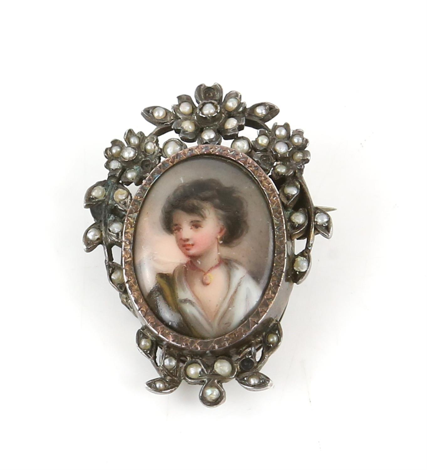Silver and costume jewellery, including a Scottish agate dirk brooch, an enamel painted portrait - Image 3 of 8