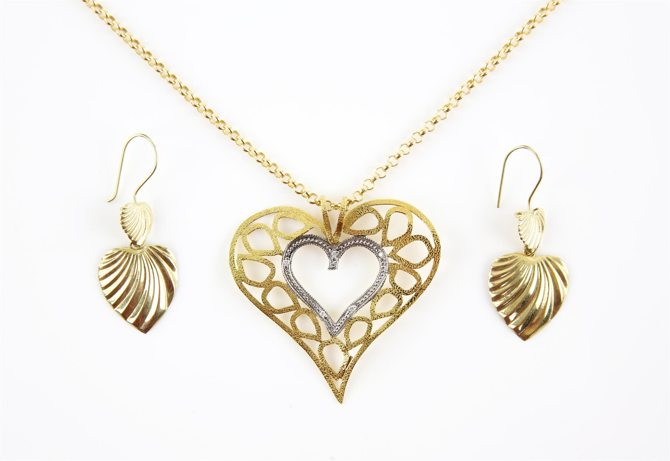 Diamond set heart pendant, hammered gold finish, stamped 18 ct, on a belcher link chain stamped 14