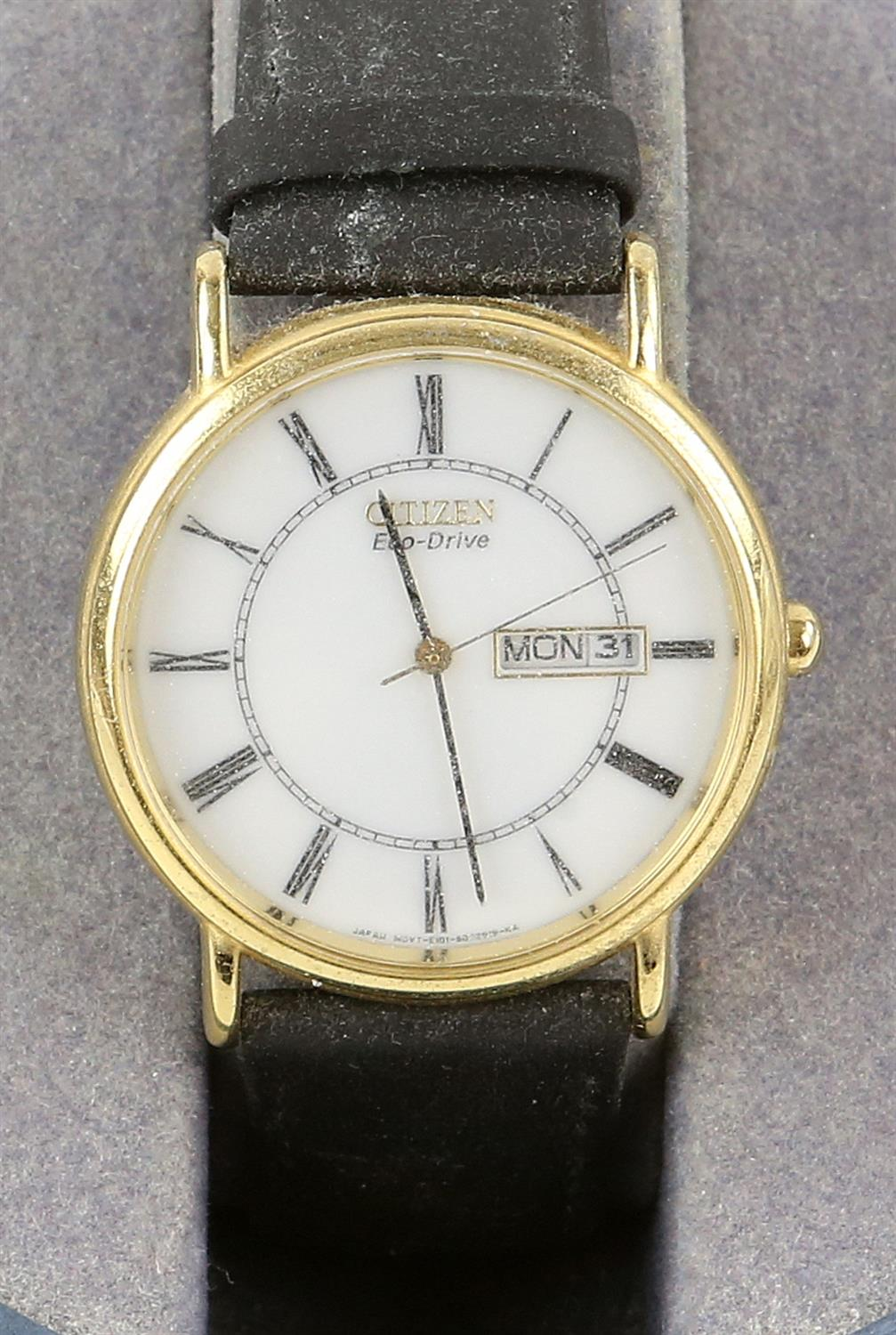 Raymond Weil, A Gentleman's reference 6549 dress watch with white enamel dial, baton hour markers, - Image 9 of 11