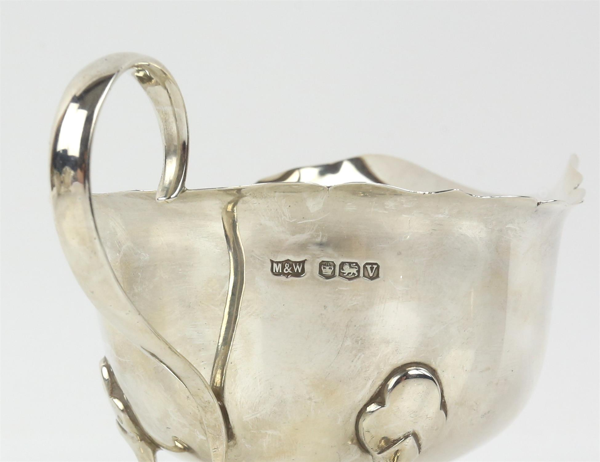 Pair of George VI silver sauceboats with serpentine rims on hoof feet, by Mappin & Webb, Sheffield, - Image 5 of 6
