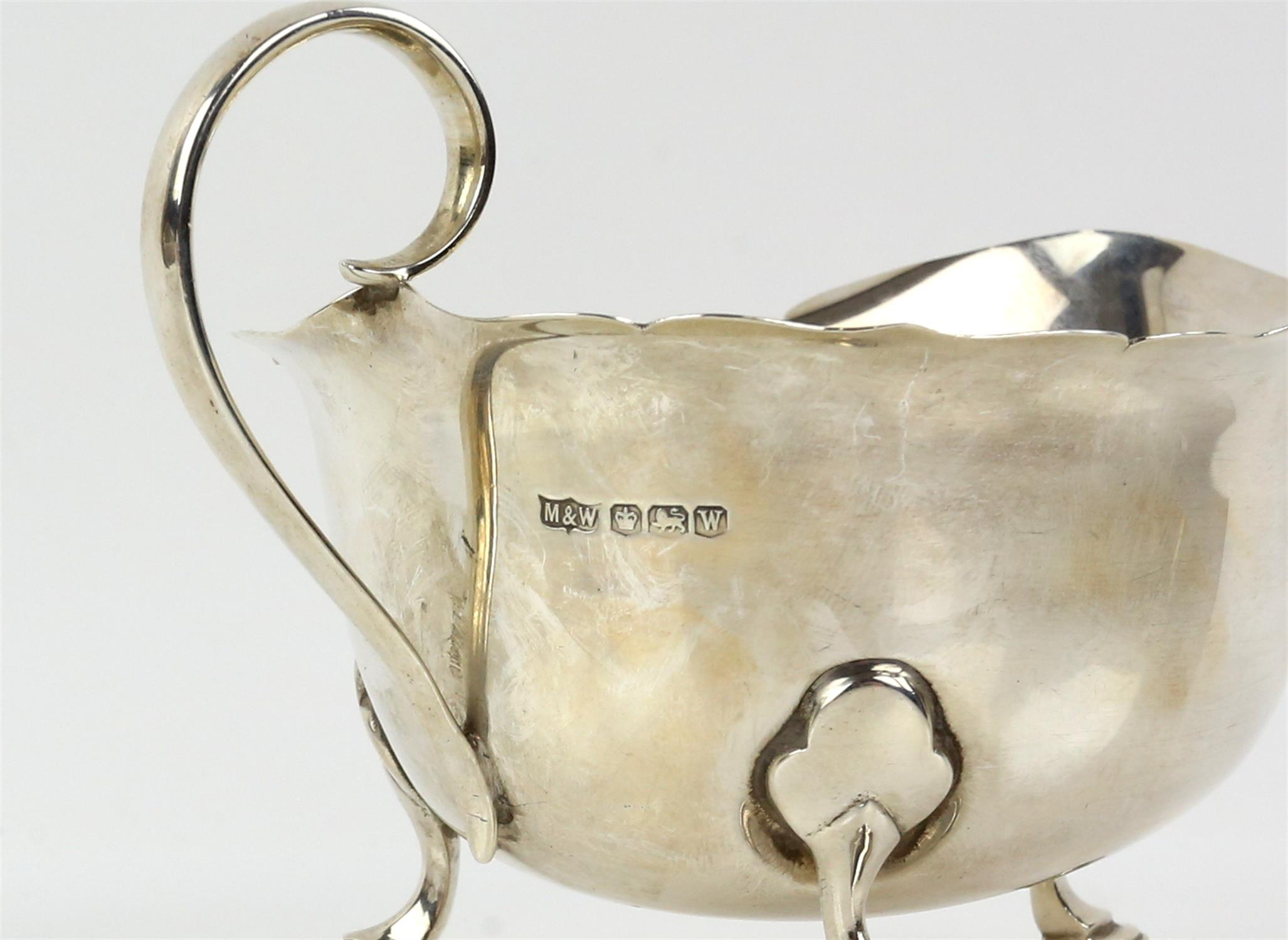 Pair of George VI silver sauceboats with serpentine rims on hoof feet, by Mappin & Webb, Sheffield, - Image 6 of 6
