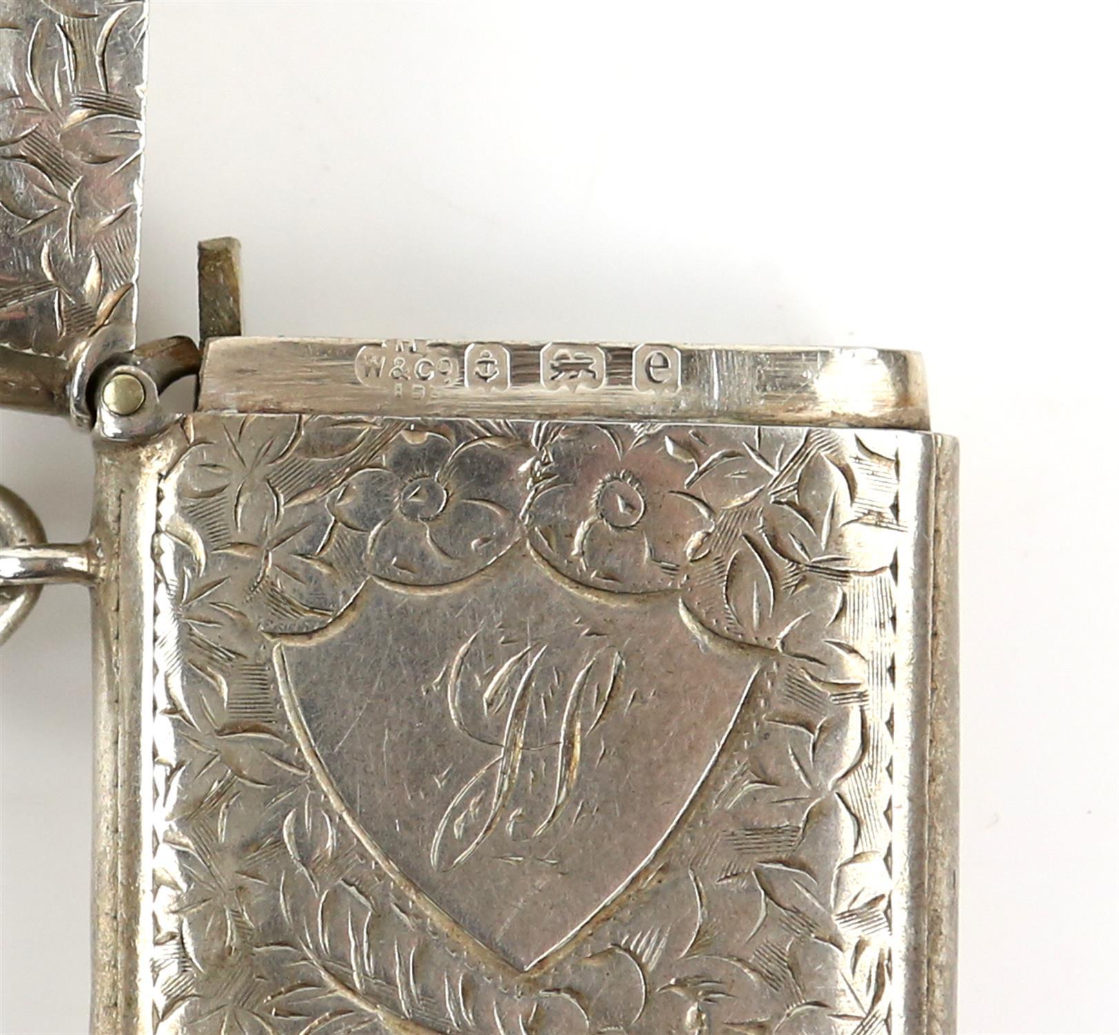 George V silver vesta with bright cut decoration, by Smith & Bartlam, Birmingham, 1914, - Image 15 of 18
