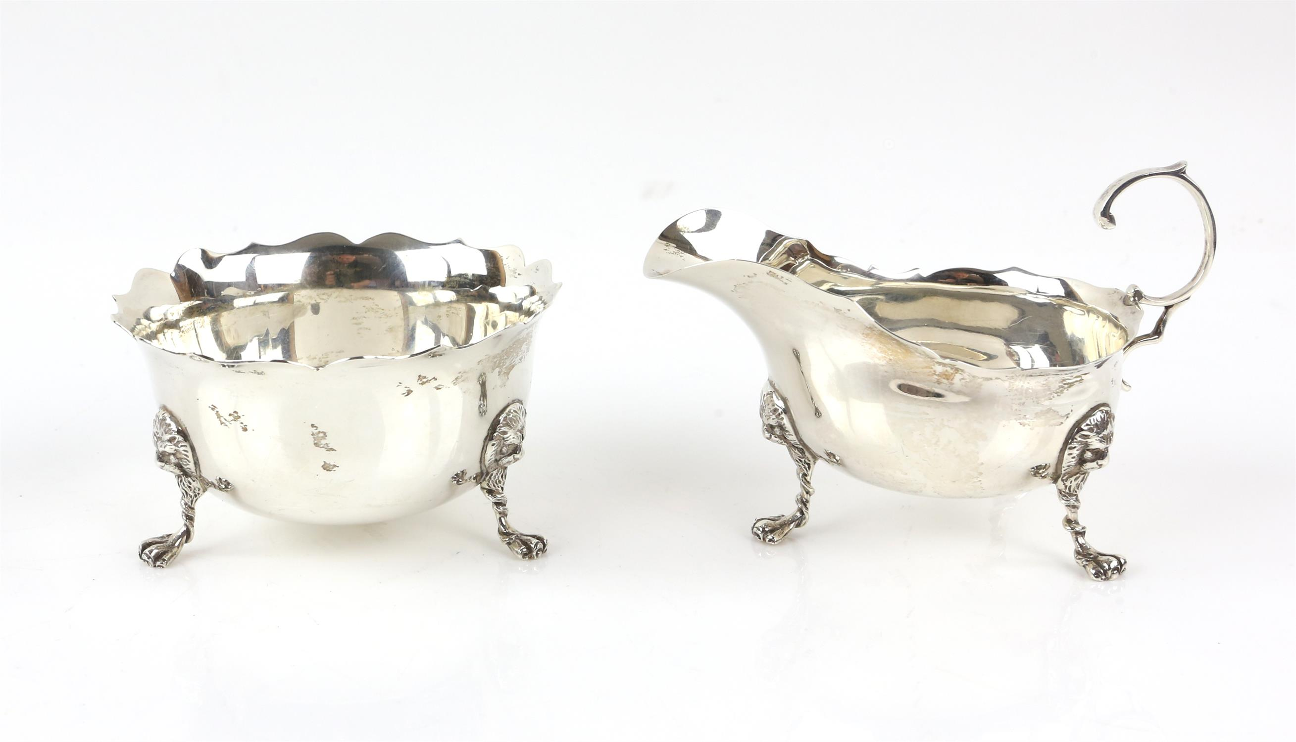 Pair of oval pierced silver bon-bon dishes, by Robert Pringle & Sons London 1927, - Image 4 of 11