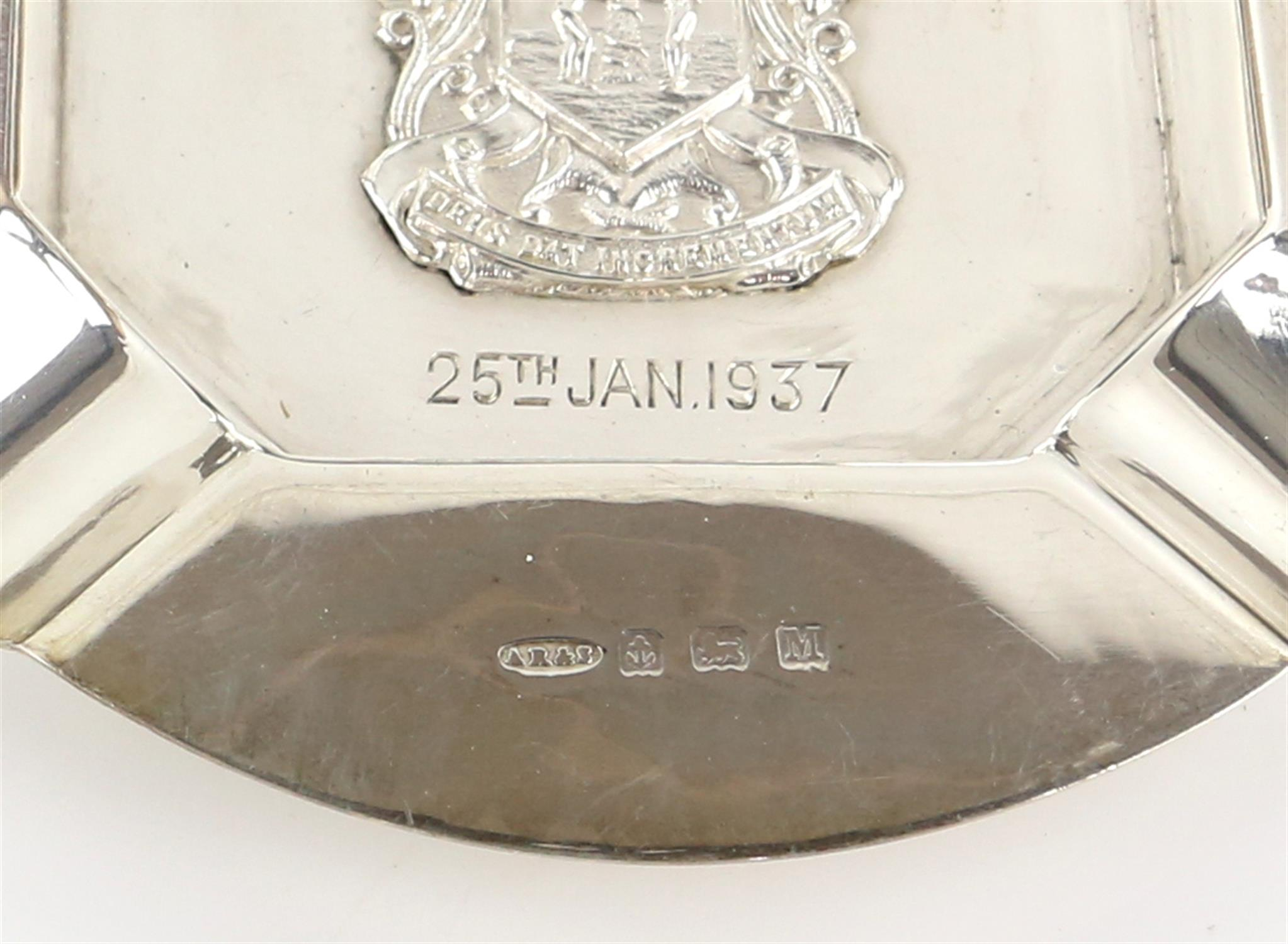 The Worshipful Company of Fruiterers, 5 spoons and 3 ash trays, together with two golfing tea - Image 5 of 11